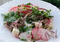Zeleninový salát s lehkým nádechem jogurtu