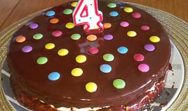 Jednoduchý narozeninový dortík z lásky