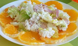 Lehký rýžový salát s ledovým salátem