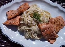 Smetanové těstoviny s koprem a rybou