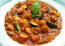 Cuketa s fazolemi a rajčaty