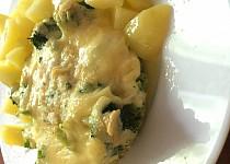 Zapečená brokolice se sýrem a s vajíčkem