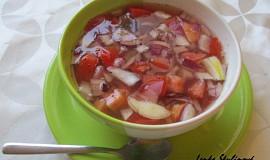 Rajčatový salát po klasicku