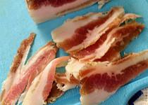 Domácí slanina bez uzení podle slovenského redaktora Milana Gigela