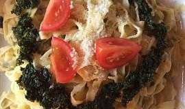 Domácí těstoviny z medvědího česneku