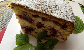 Švestkový koláč v dortové formě