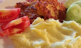 Kuřecí placičky v šunkovo-hořčičném těstíčku