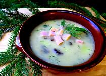 Smetanová houbová polévka s uzeným masem a koprem