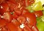 ... a 2 větší rajčata
