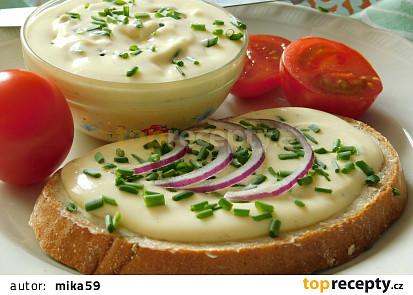 Tvarůžkový tavený sýr