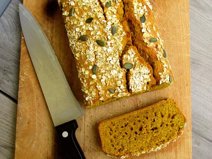 Dýňový chlebíček s perníkovým kořením