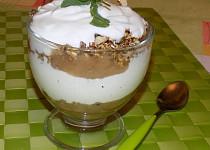 Jablečno-ořechový pohár