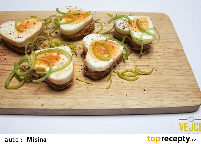 Vajíčkové jednohubky ve formě