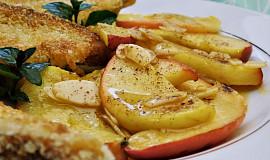 Karamelizovaná jablka s kokosovými tousty