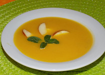 Hokkaido polévka  s jablky