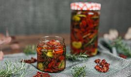 Naložená sušená rajčata