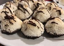 Kokosky mačené v čokoládě
