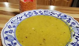 Exotická polévka z červené čočky se zázvorem