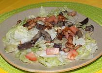 Hlávkový salát s houbami a slaninou
