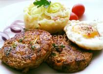 Biftečky z mletého masa a kysaného zelí