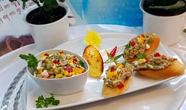 Jemná lilková pomazánka s kapií a vejci