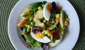 Salát s avokádem a vejci