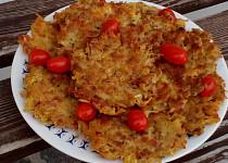 Chlebové bramboráčky s uzeninou