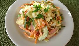 Klobáskový pikantní salát