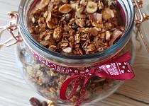 Granola i s čokoládovým proteinem