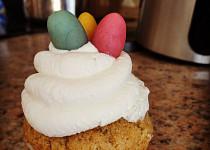 Lehký tvarohový krém (nejen) na cupcakes