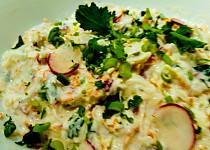Salát z kedlubny, mrkve a ředkviček
