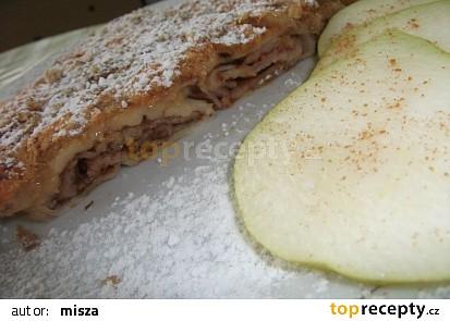 Hruškovo-karamelové palačinky