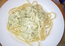 Špagety s brokolicovo-smetanovou omáčkou