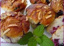Tvarohové muffiny s rybízem pečené v remosce