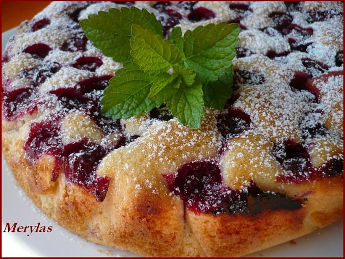 Ovocný koláč pečený v remosce