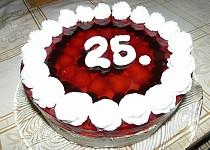 Jahodovo-ostružinový dort