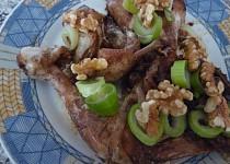 Kuřecí s ořechy a  bylinkami