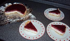 Nepečený dort s jahodami