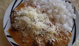 Vepřové kousky s česnekovými výhonky