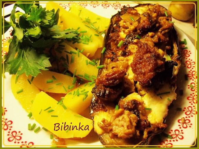Lilek zapečený s pikantní masovou nádivkou a šťávou, Lilek zaqpečenýs pikantní masovou nádivkou a šťávou
