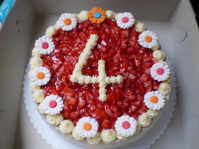 Jahodový dortík, hotovo