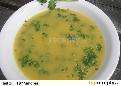 Krémová zeleninová polévka s hráškem