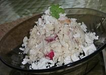 Salát z těstovinové rýže se šunkou a zeleninou