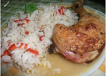 Zeleninová rýže s kuřetem pečené v troubě