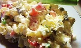 Netradiční bramborový salát s chřestem