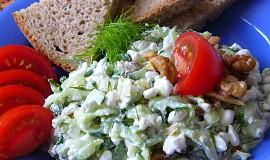 Okurkový salát s Cottage sýrem