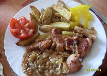 Krůtí maso na cibuli a česneku