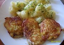 Řízečky v sýrovo-česnekovém těstíčku