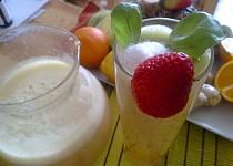 Jarní barevný ovocný  a zdravý mix se zázvorem