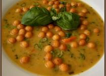 Krémová kvasnicová polévka s bazalkou